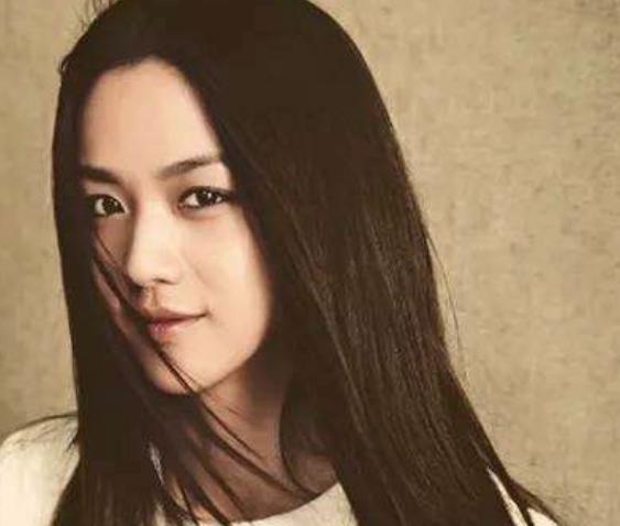 """嫁给外国人,却始终不改国籍的中国女星,网友:真正的""""女神"""""""