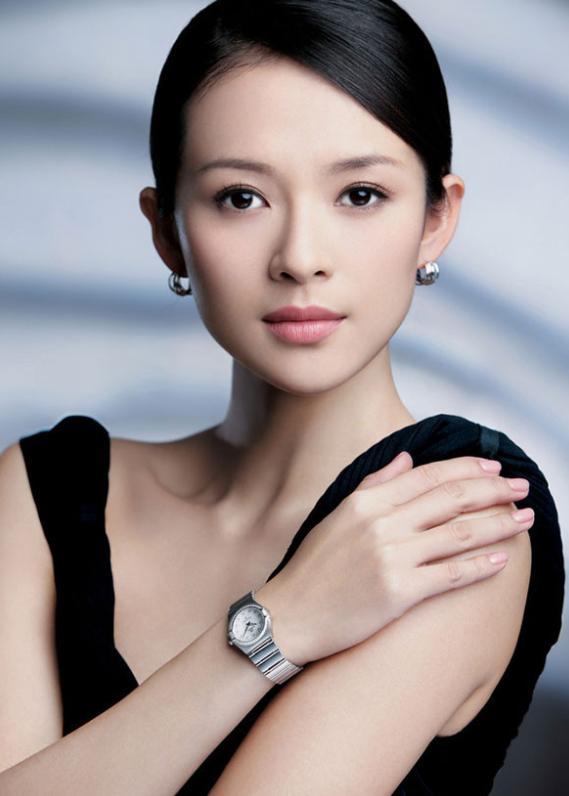 还记得撒贝宁外国娇妻李白吗?当年肤白貌美,如今差点认不出来