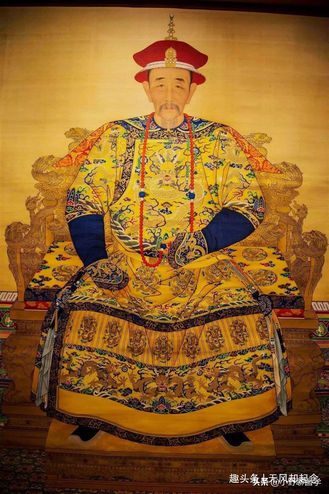皇帝问群臣:为何你们的耳朵比我的大?他的回答让众人松了一口气