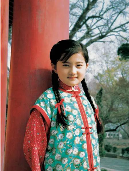 """金铭:9岁出演""""小婉君""""爆红,19岁考上北大,撒贝宁曾爱过她"""