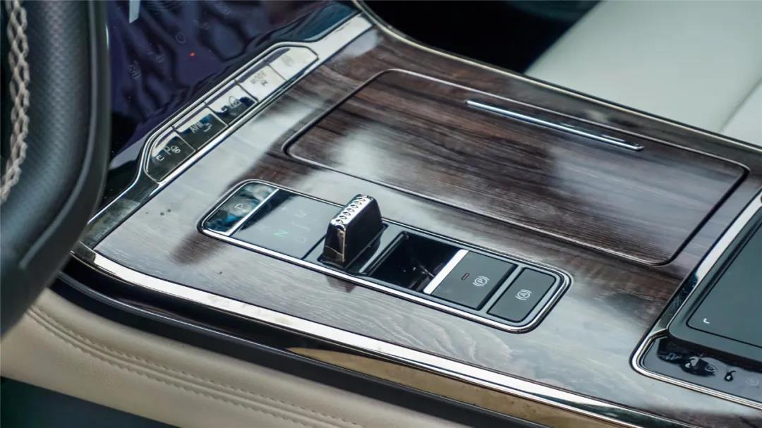 卖20万,福特领裕对比星途揽月,选哪一款?