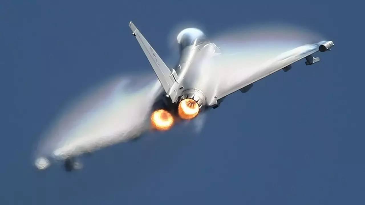 实力或在歼-20之上,有一款顶尖战机在中国诞生,六代机有望了