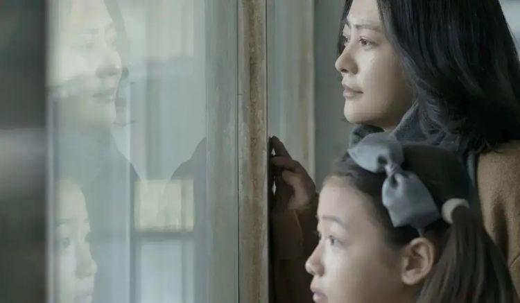 心理学:与父母和解,不是爱父母,而是接受现实
