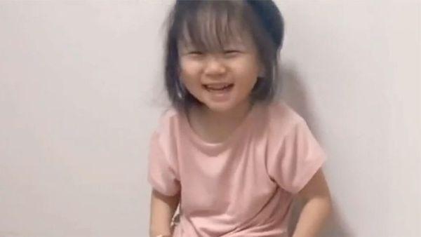 一句五岁换衣服女儿脑瘫妈妈